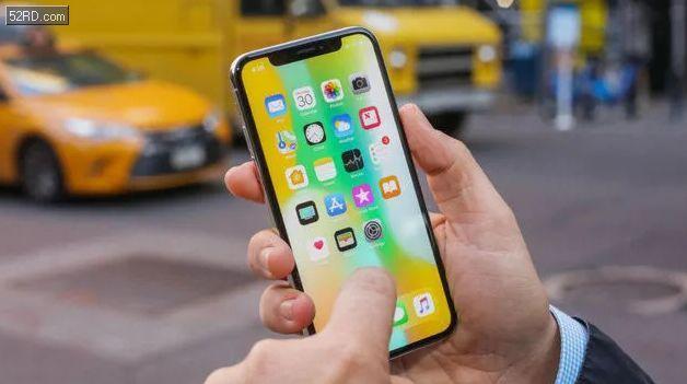 """苹果:向受""""电池门""""影响iPhone用户每人赔偿25美元,仅限美国"""